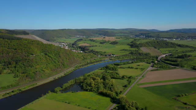Aerial view of Saar River near Ockfen, Saar Valley, District Trier-Saarburg, Rhineland-Palatinate, Germany