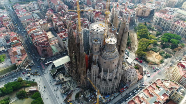 aerial view of sagrada familia cathedral at catalunya - katholizismus stock-videos und b-roll-filmmaterial