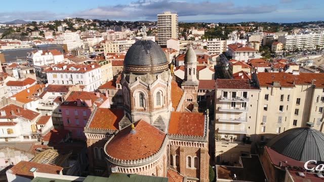 vidéos et rushes de aerial view of saint raphael on french riviera - var