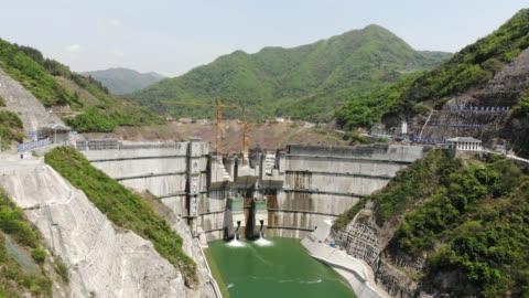 stockvideo's en b-roll-footage met aerial view of sanhekou dam in china - dam mens gemaakte bouwwerken