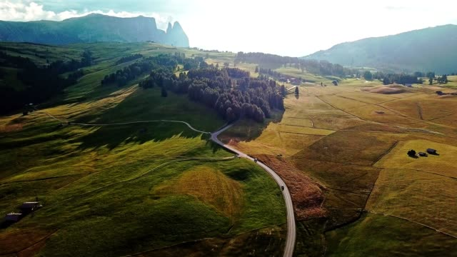 aerial view of seiser alm in the south tyrol - alpe di siusi video stock e b–roll