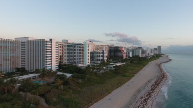 aerial view of south beach on a beautiful day - cabina del guardaspiaggia video stock e b–roll