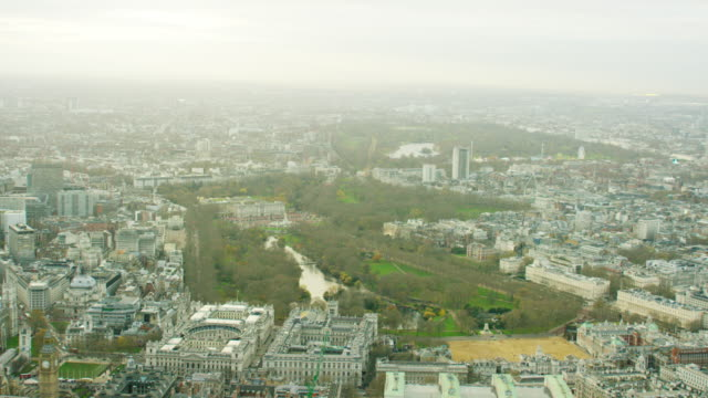 aerial view of st james park in london - buckingham palace stock videos & royalty-free footage