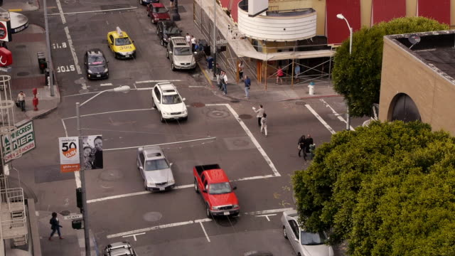 aerial view of street corner in the soma district san francisco - ecke eines objekts stock-videos und b-roll-filmmaterial