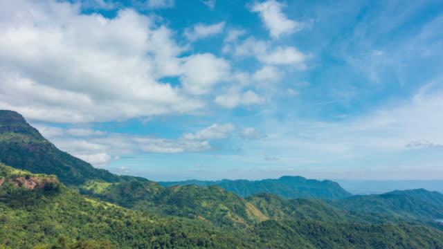 vídeos y material grabado en eventos de stock de vista aérea de impresionante khao kho, phetchabun. - mckyartstudio