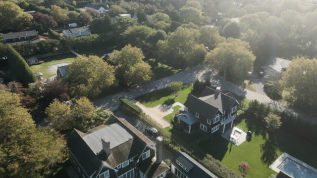 aerial view of summer homes in the hamptons - district stock videos & royalty-free footage