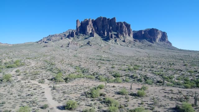 aerial view of superstition mountains plateau in apache junction arizona - arizona stock videos & royalty-free footage