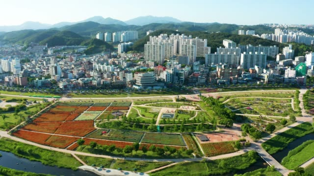 aerial view of taehwa river in spring - 朝鮮半島点の映像素材/bロール