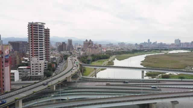 vídeos y material grabado en eventos de stock de ha, ws aerial view of taipei centre / taipei, taiwan - taipei