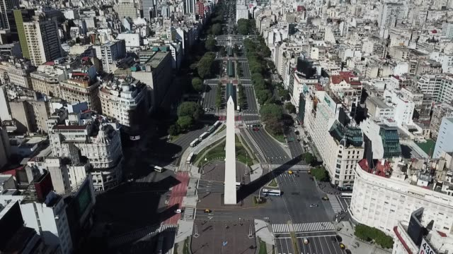 aerial view of the 9 de julio avenue on april 14, 2020 in buenos aires, argentina. national government extended obligatory isolation until april 26.... - avenida 9 de julio stock-videos und b-roll-filmmaterial