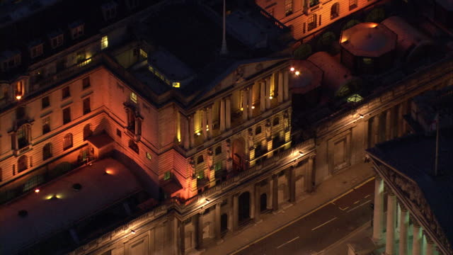 aerial view of the bank of england building - バンク オブ イングランド点の映像素材/bロール