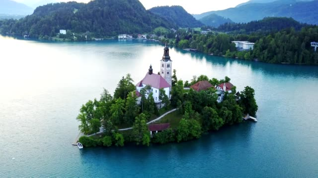 aerial view of the bled lake - lago di bled video stock e b–roll