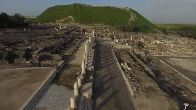 aerial view of the cardo in the roman city of beit she'an - rubble stock videos and b-roll footage