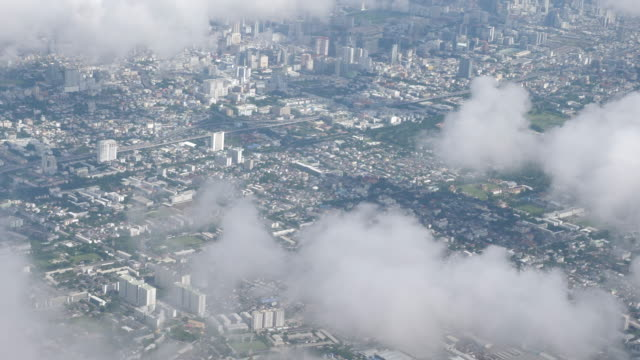 aerial view of the city - inquadratura da un aereo video stock e b–roll