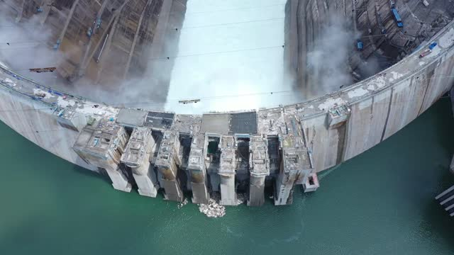 aerial view of the crane beach hydropower station on may 31, 2021 in kunming, yunnan province of china. - fuel and power generation stock videos & royalty-free footage