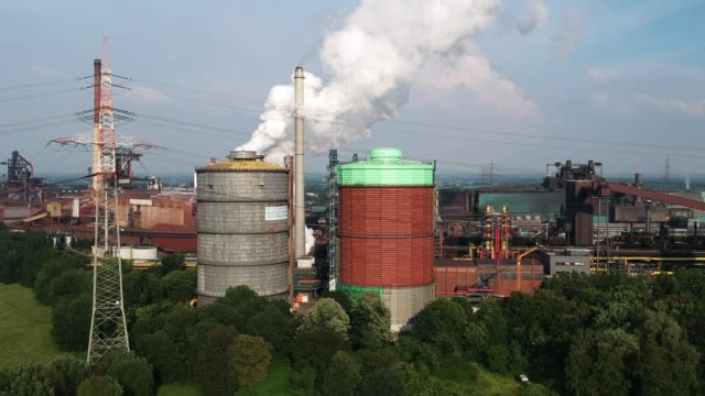 aerial view of the hkm steel plant at sunset on may 31 2018 in duisburg germany the european union and the united states are so far on a collision... - ruhr stock videos & royalty-free footage