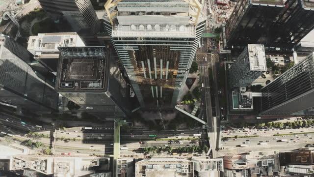 luftaufnahme der stadt hongkong - central plaza hong kong stock-videos und b-roll-filmmaterial
