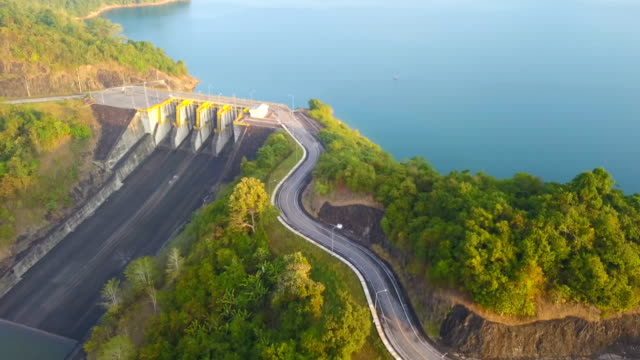 aerial view of the hydroelectric power station at cheow lan lake or rajjaprabha dam reservoir in  surat thani province - reservoir stock videos and b-roll footage