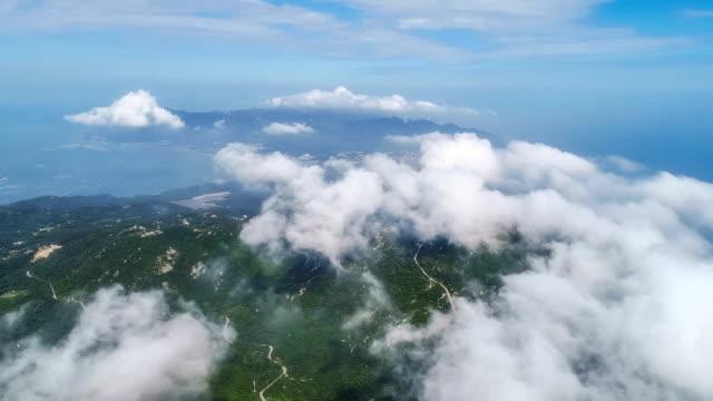 vídeos de stock e filmes b-roll de aerial view of the island - oceano atlântico
