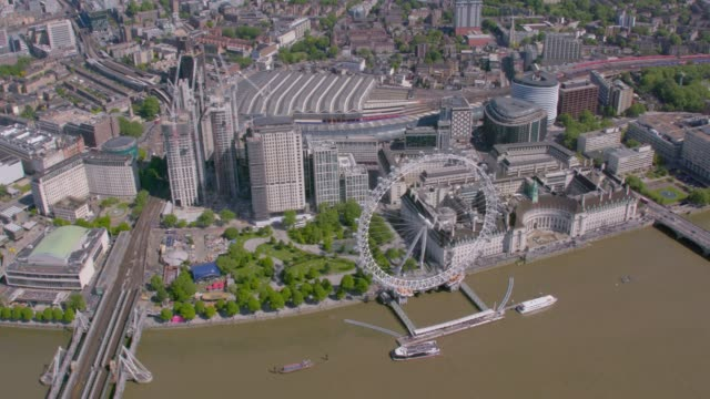 vídeos de stock e filmes b-roll de aerial view of the london, uk. 4k - roda gigante