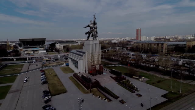 aerial view of the monument worker and kolkhoz woman on vdnh / russia, moscow - female likeness stock videos & royalty-free footage