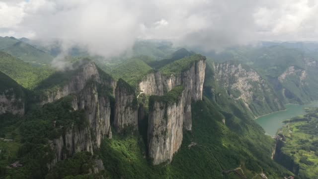 shi'en china august 09 aerial view of the mufu grand canyon on august 9 2019 in shi'en hubei province of china - beauty stock videos & royalty-free footage