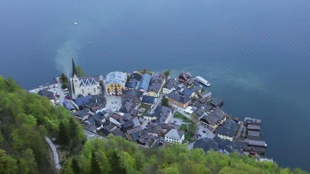 Luftbild der Altstadt am Hallstätter See See in Hallstatt, Österreich