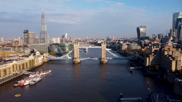aerial view of the river thames at tower bridge, - aerial stock videos & royalty-free footage