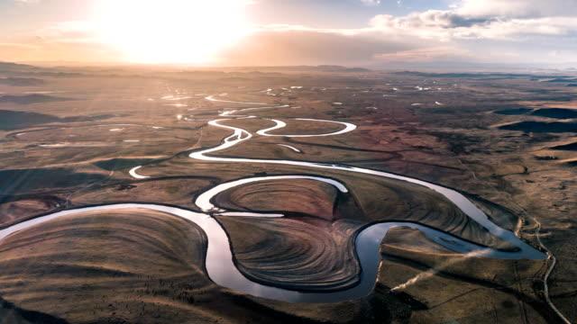 flygvy över floden-timelapse - slätt bildbanksvideor och videomaterial från bakom kulisserna