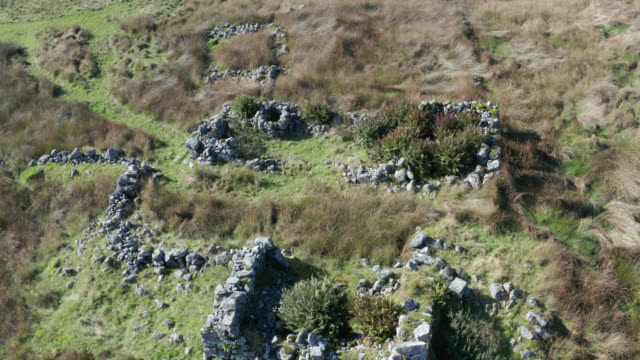 aerial view of the ruins of an old house in remote countryside - heather stock videos & royalty-free footage