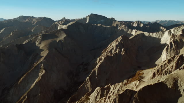 aerial view of the sierra crest, flying towards mount whitney. - basin and range province stock videos and b-roll footage
