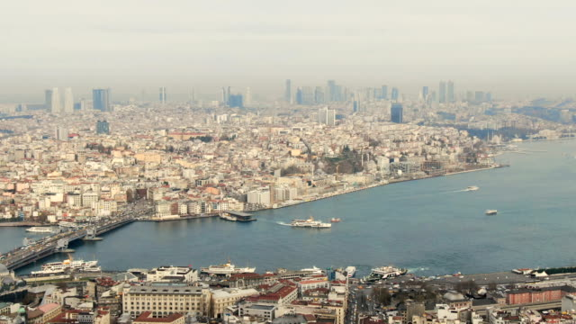 stockvideo's en b-roll-footage met aerial view of the stunning city of istanbul and the bosphorus in 4k ultra hd - istanboel