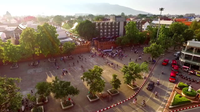 aerial view of the thapae gate, antique brick walls at chiang mai, thailand. - chiang mai province stock videos & royalty-free footage
