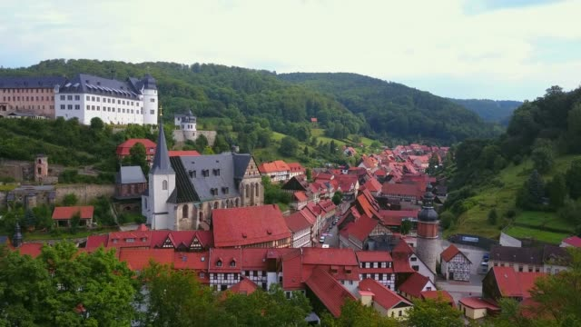 aerial view of the town of stolberg with castle and church st. martin, harz, saxony-anhalt, germany - circa 13th century stock videos & royalty-free footage