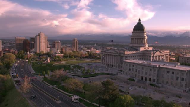 aerial view of the utah state capitol building flying towards salt lake city - salt lake city stock videos & royalty-free footage