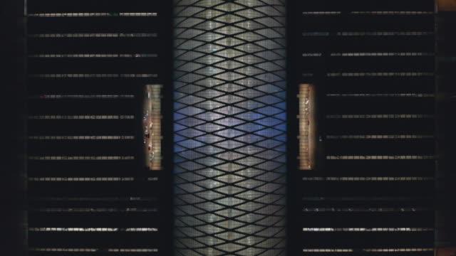 天津駅の空撮 - 線路のポイント点の映像素材/bロール