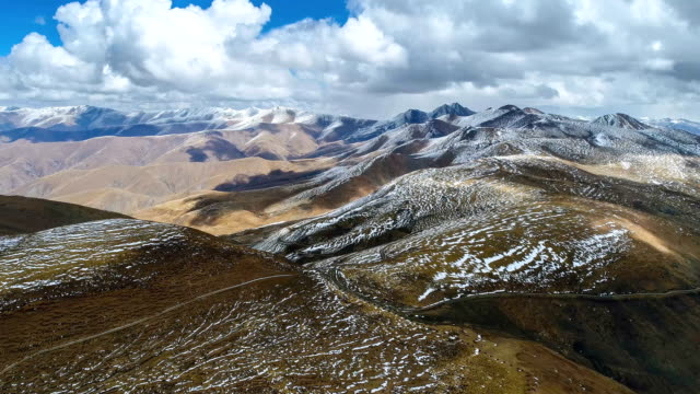 aerial view of tibetan plateau - terra brulla video stock e b–roll