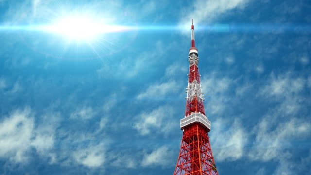 東京東京タワーの空撮日本 - スカイツリー点の映像素材/bロール