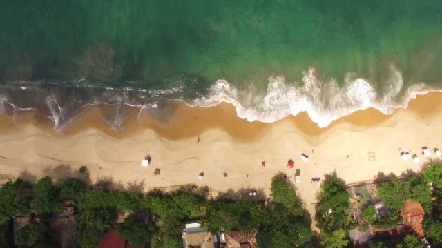 stockvideo's en b-roll-footage met aerial view of toque-toque pequeno beach - meer dan 40 seconden