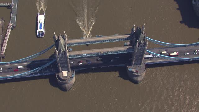 aerial view of tower bridge, london, uk. 4k - tower bridge stock videos & royalty-free footage