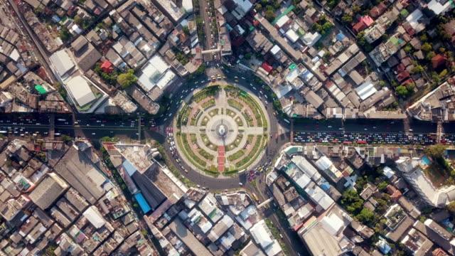 vídeos de stock e filmes b-roll de aerial view of traffic circle - rotunda entroncamento