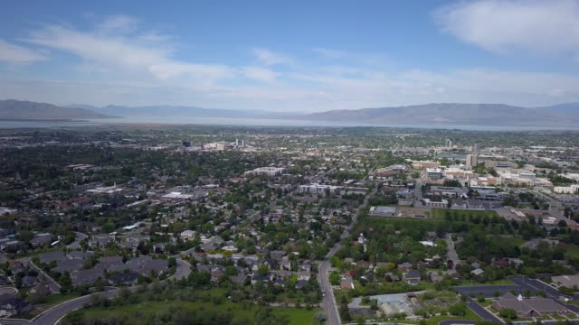 aerial view of utah valley towards utah lake - provo stock-videos und b-roll-filmmaterial