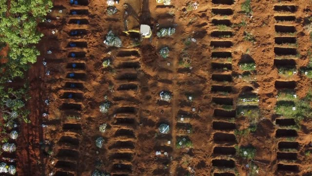 aerial view of vila formosa cemetery amidst the coronavirus pandemic on may 18, 2020 in sao paulo, brazil. the vila formosa cemetery is the largest... - cemetery stock videos & royalty-free footage