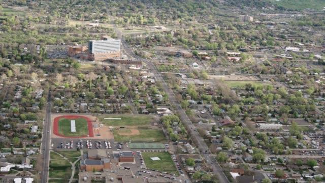 vídeos y material grabado en eventos de stock de vista aérea de western colorado city - grand junction