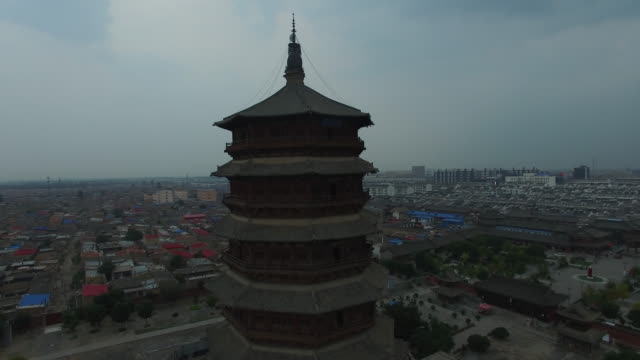 aerial view of wooden buddha pagoda in temple, china - pagoda点の映像素材/bロール