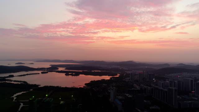 aerial view of wuxi city night view - ロマンチックな空点の映像素材/bロール