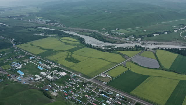aerial view of xinjiang plain - simplicity stock videos & royalty-free footage