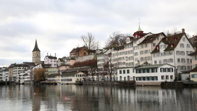 flyg bild över zürich gamla stan, schweiz - trådbuss bildbanksvideor och videomaterial från bakom kulisserna