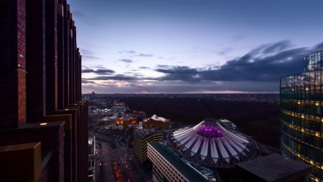 aerial view over berlin at sunset - inquadratura fissa video stock e b–roll