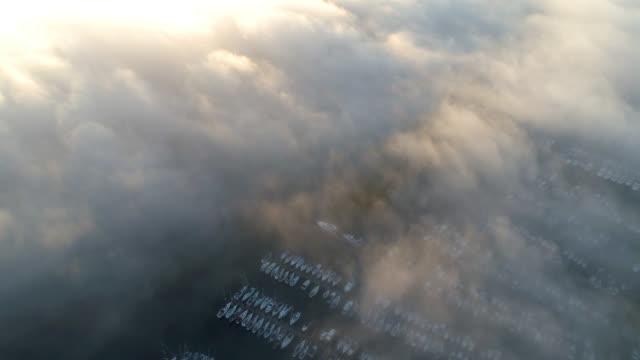 flygfoto över dimmigt vik - remus kotsell bildbanksvideor och videomaterial från bakom kulisserna